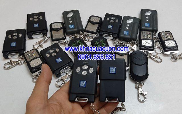Chìa khóa cửa cuốn Austdoor 4 nút