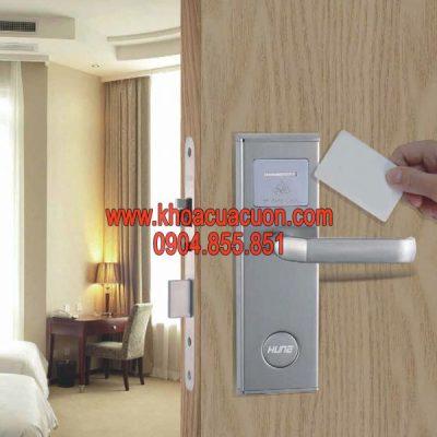 Thẻ từ khách sạn