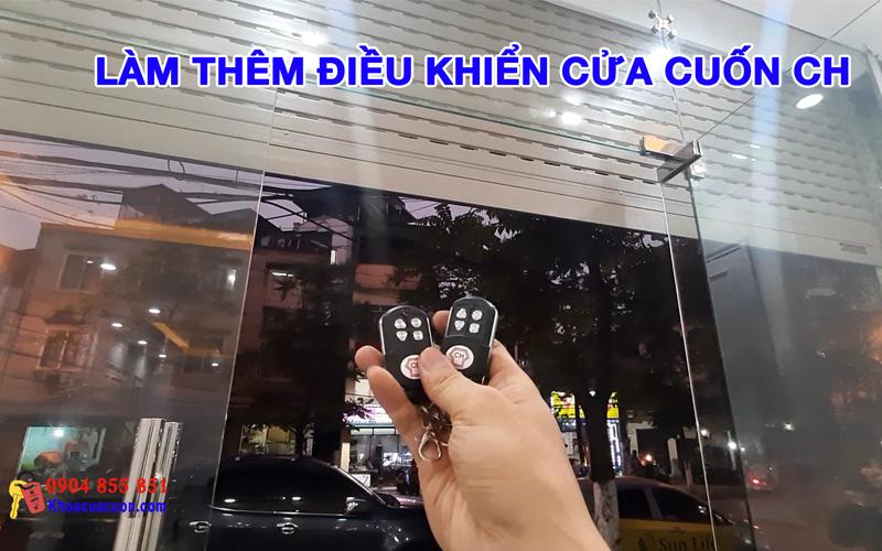 Làm thêm điều khiển cửa cuốn CH phố Minh Khai