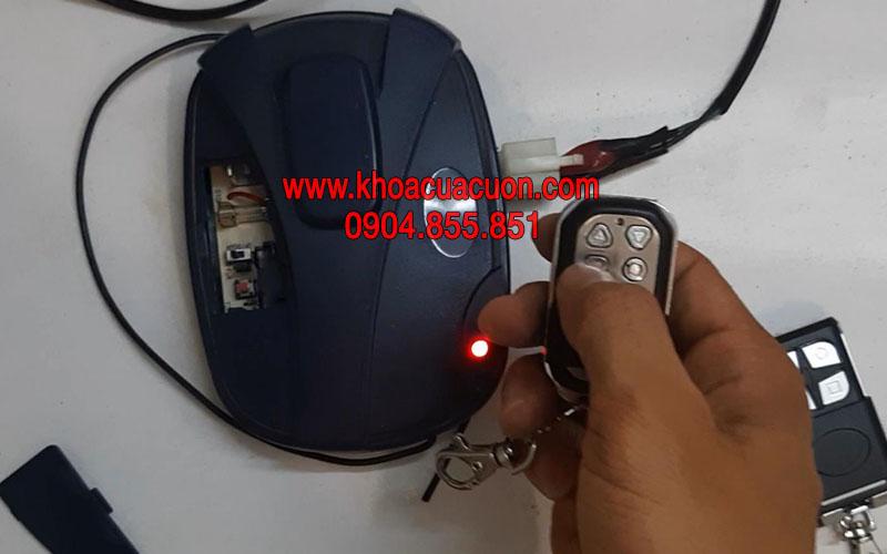 Cài điều khiển cửa cuốn H101 Smartdoor